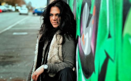 Sari Schorr + Blues Fox